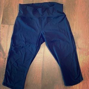 "Lululemon 17"" black tights size 12"